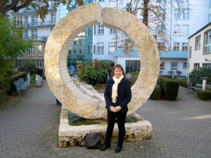 In front of Krankenhaus Sachsenhausen..the hospital where I had my surgery-photo taken at my one year check up.